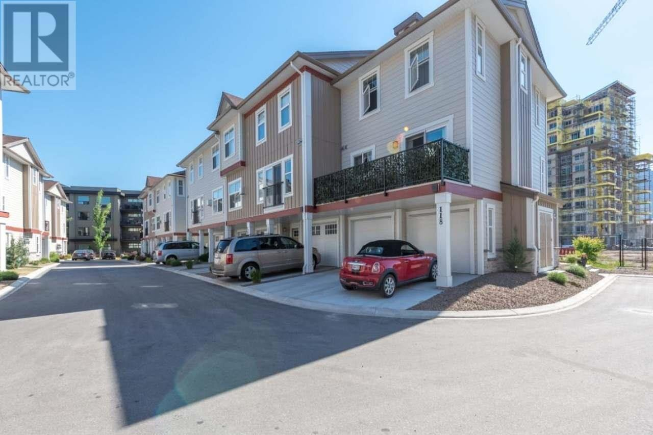 Townhouse for sale at 3363 Wilson St Unit 118 Penticton British Columbia - MLS: 186825