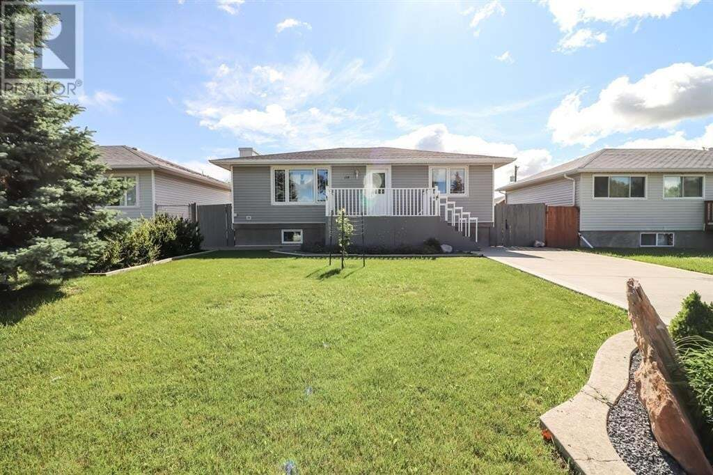House for sale at 118 4 St Northwest Redcliff Alberta - MLS: A1008049