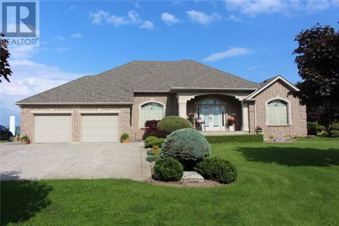 House for sale at 118 Albuna  Leamington Ontario - MLS: 19019211