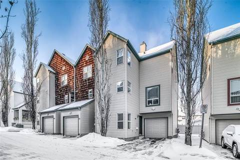Townhouse for sale at 118 Bridlewood Ln Southwest Calgary Alberta - MLS: C4281609