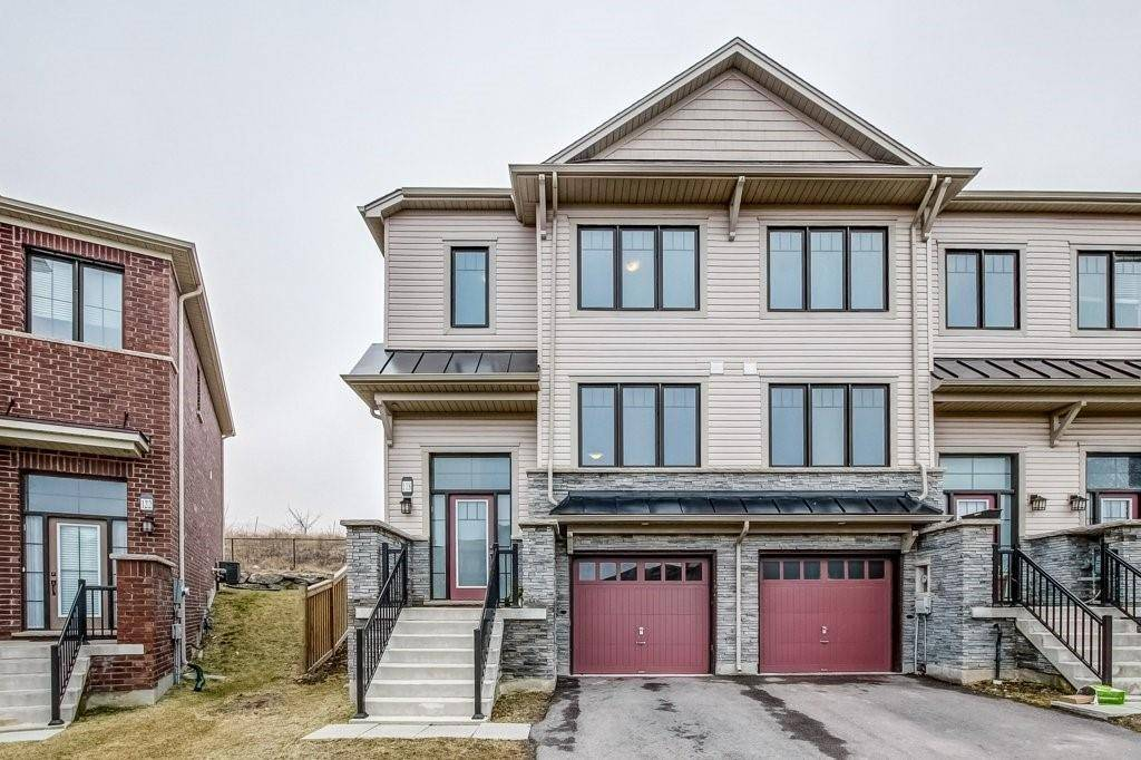 Townhouse for sale at 118 Crafter Cres Stoney Creek Ontario - MLS: H4072789