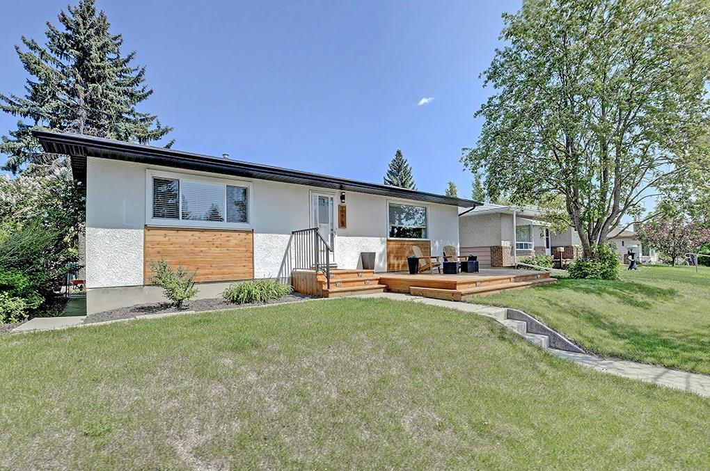 For Sale: 118 Springwood Drive Southwest, Calgary, AB | 5 Bed, 2 Bath House for $450,000. See 43 photos!