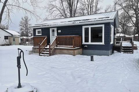 House for sale at 118 Sunset Beach Rd Georgina Ontario - MLS: N4691806