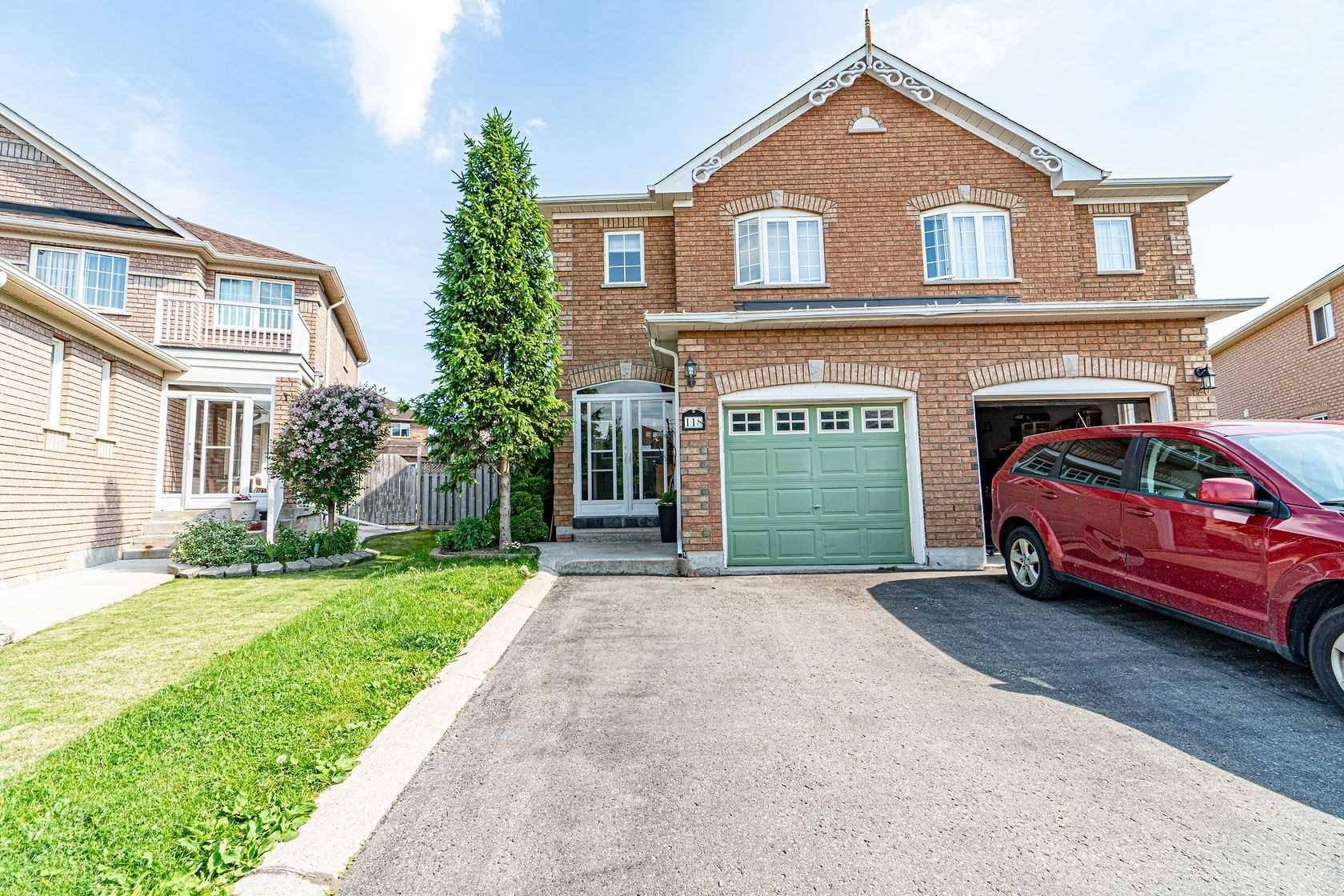 Townhouse for sale at 118 Tiller Tr Brampton Ontario - MLS: W4488519
