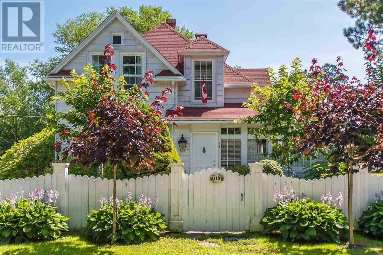 House for sale at 118 Victoria St Chester Nova Scotia - MLS: 201903678