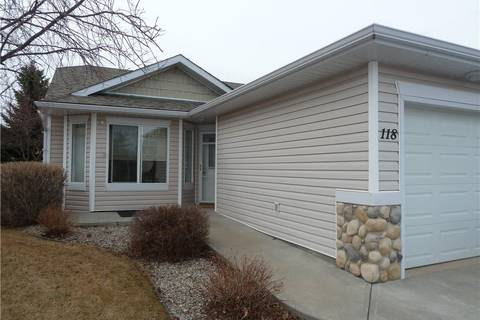 Townhouse for sale at 118 Whispering Wy Vulcan Alberta - MLS: C4240702