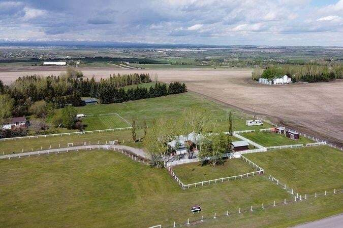 House for sale at 118016 376 Av E Gladys Ridge, Rural Foothills M.d. Alberta - MLS: C4297793