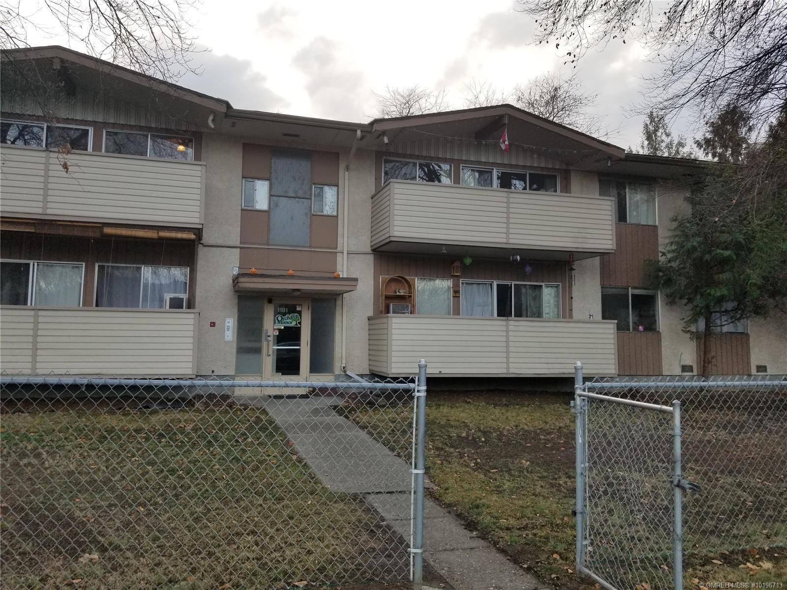 Townhouse for sale at 1181 Bernard Ave Kelowna British Columbia - MLS: 10196713