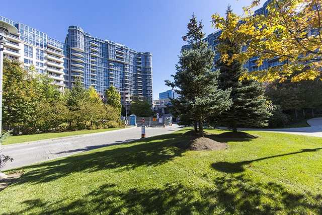 For Rent: 1181 - 23 Cox Boulevard, Markham, ON   2 Bed, 3 Bath Condo for $2,350. See 19 photos!