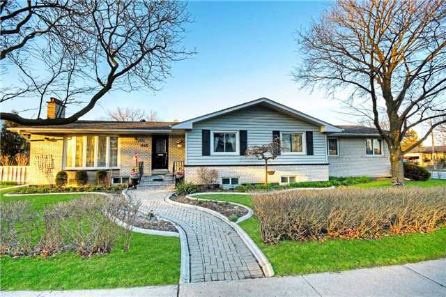 Removed: 1185 Runningbrook Drive, Mississauga, ON - Removed on 2018-08-16 09:48:11