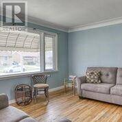 1186 Dot , Windsor | Image 2