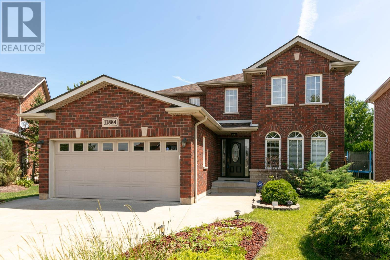 House for sale at 11884 Cobblestone  Windsor Ontario - MLS: 19025715