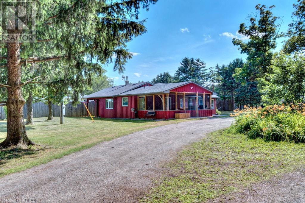 Inactive: 11887 Elliott Road, Tillsonburg, ON