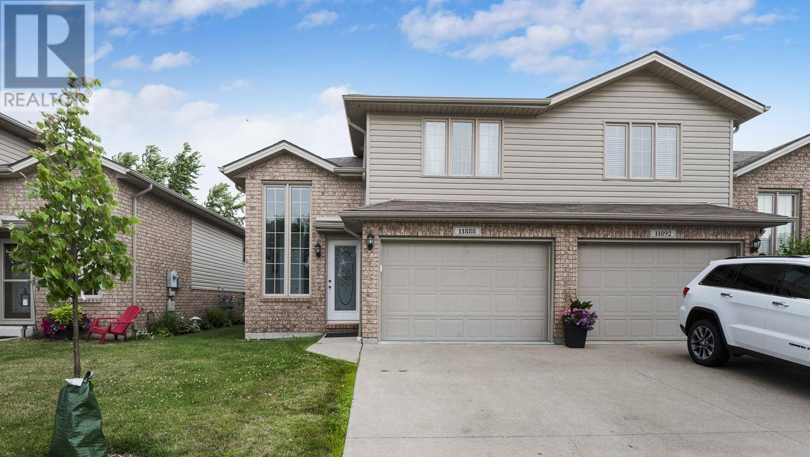 Townhouse for sale at 11888 Rockland  Windsor Ontario - MLS: 19025118