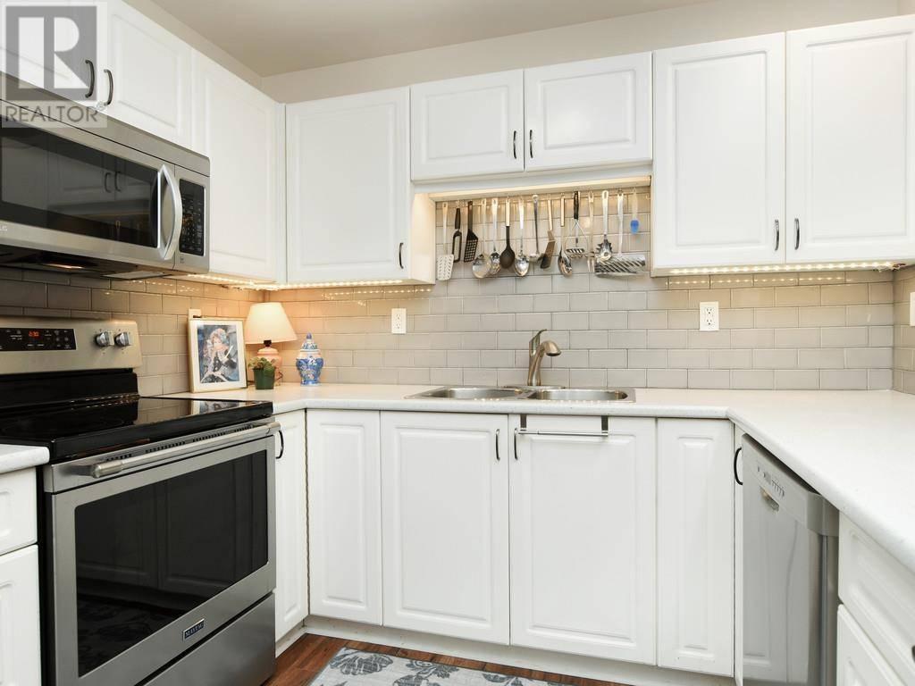 Condo for sale at 290 Island Hy Unit 119 Victoria British Columbia - MLS: 419973