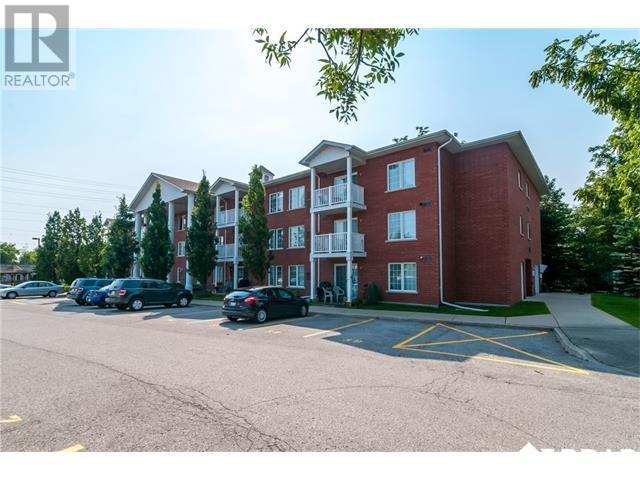 For Sale: 119 - 49 Jacobs Terrace, Barrie, ON | 2 Bed, 2 Bath Condo for $299,900. See 14 photos!