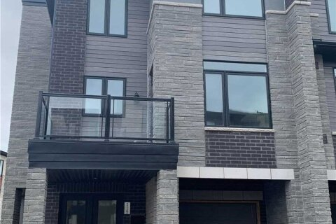 Townhouse for rent at 590 North Service Rd Unit 119 Hamilton Ontario - MLS: X4966565