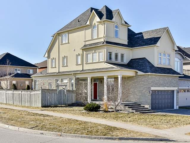 For Sale: 119 Angelica Avenue, Richmond Hill, ON   4 Bed, 5 Bath House for $1,499,000. See 18 photos!
