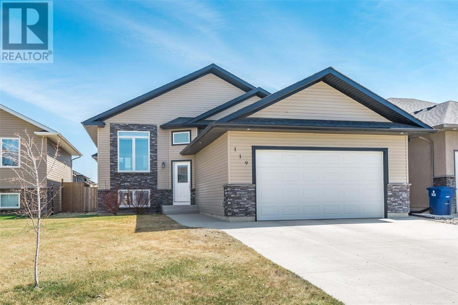 House for sale at 119 Atton Cres Saskatoon Saskatchewan - MLS: SK813909