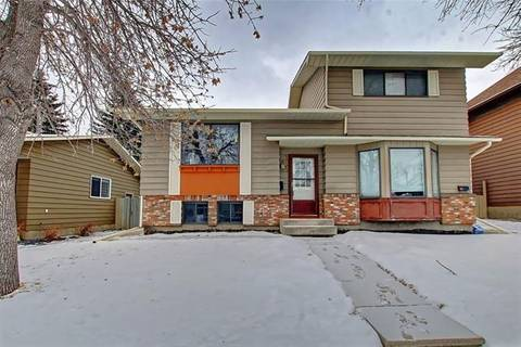 Townhouse for sale at 119 Berwick Wy Northwest Calgary Alberta - MLS: C4292933