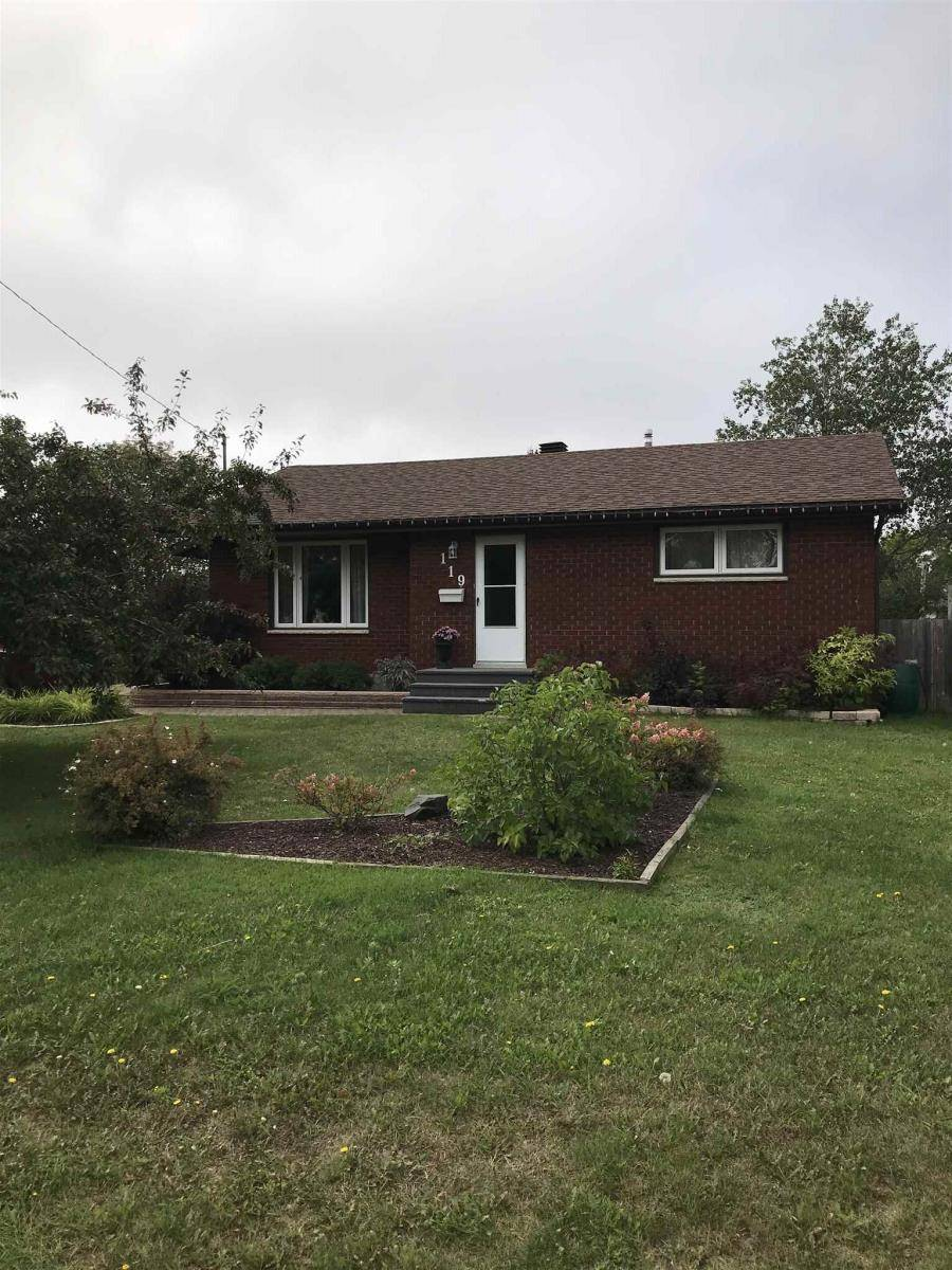 House for sale at 119 Burriss St Thunder Bay Ontario - MLS: TB193119