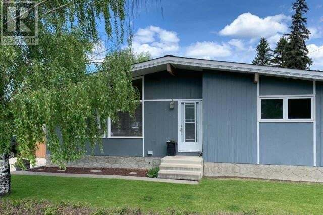 House for sale at 119 Chetamon Dr Hinton Valley Alberta - MLS: 52710