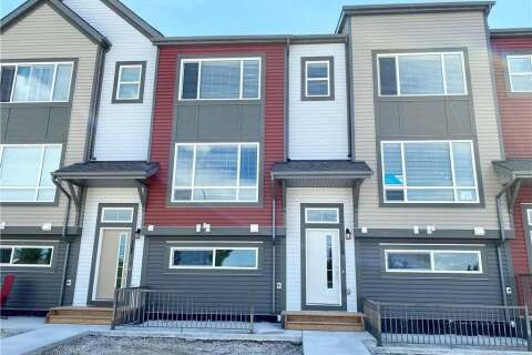 Townhouse for sale at 119 Copperstone Pk Southeast Calgary Alberta - MLS: C4301671