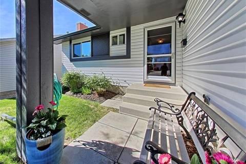 House for sale at 119 Millrise Dr Southwest Calgary Alberta - MLS: C4253461