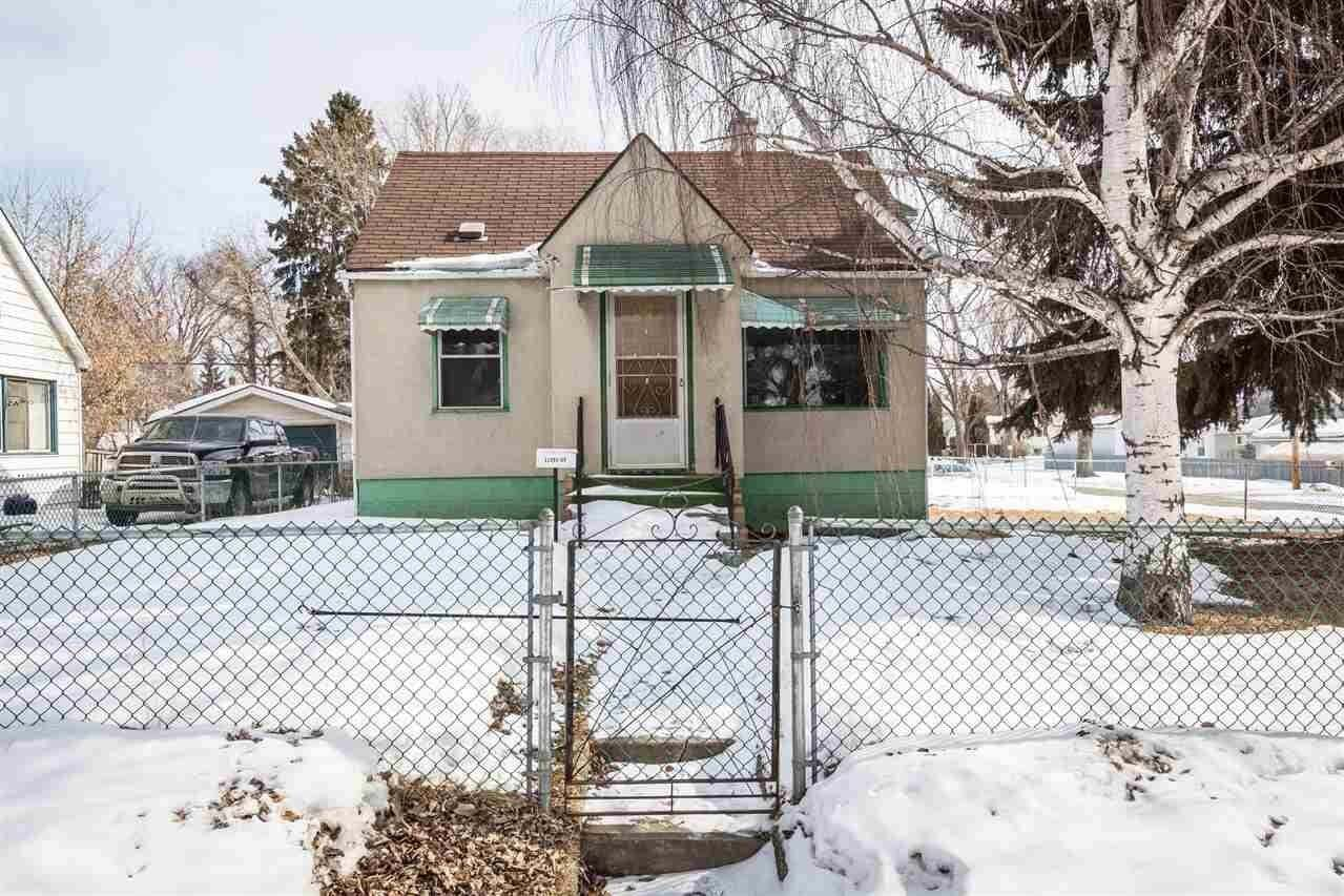 House for sale at 11901 69 St NW Edmonton Alberta - MLS: E4191914