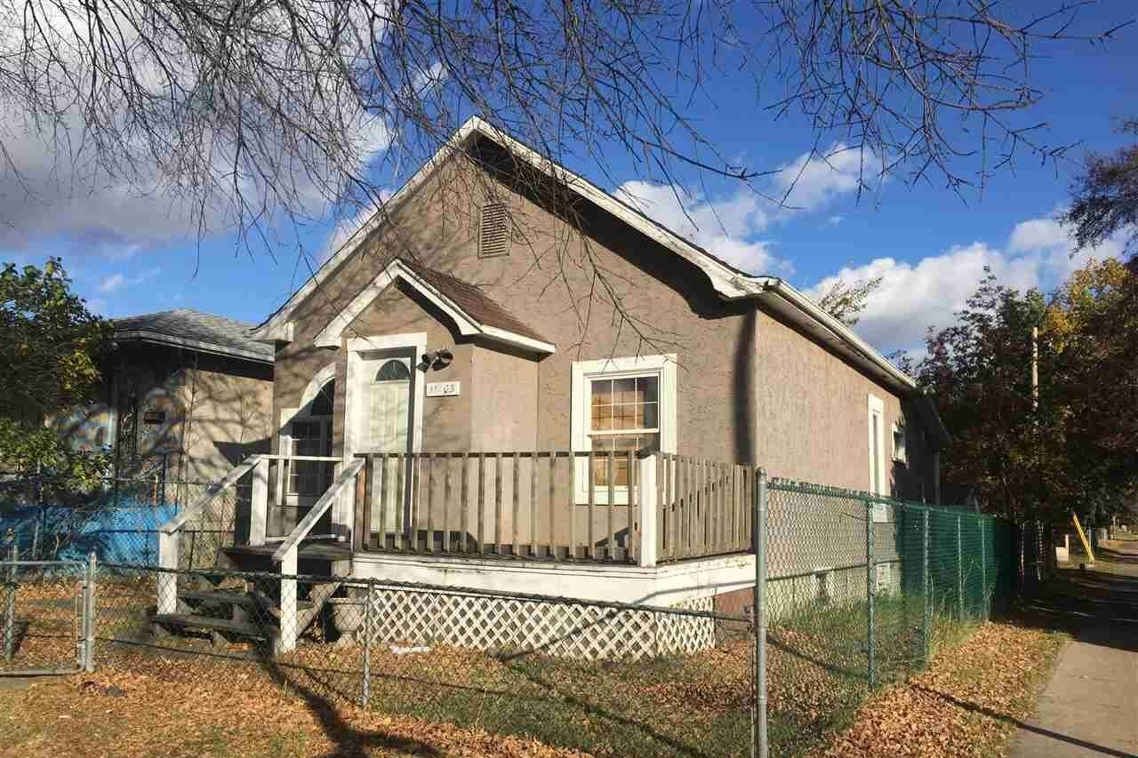 House for sale at 93 Street St NW Unit 11903 Edmonton Alberta - MLS: E4217966