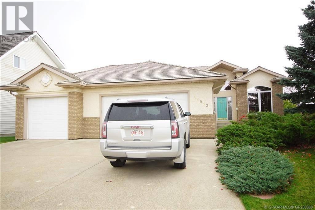 House for sale at 11913 Cygnet Blvd Grande Prairie Alberta - MLS: GP208888
