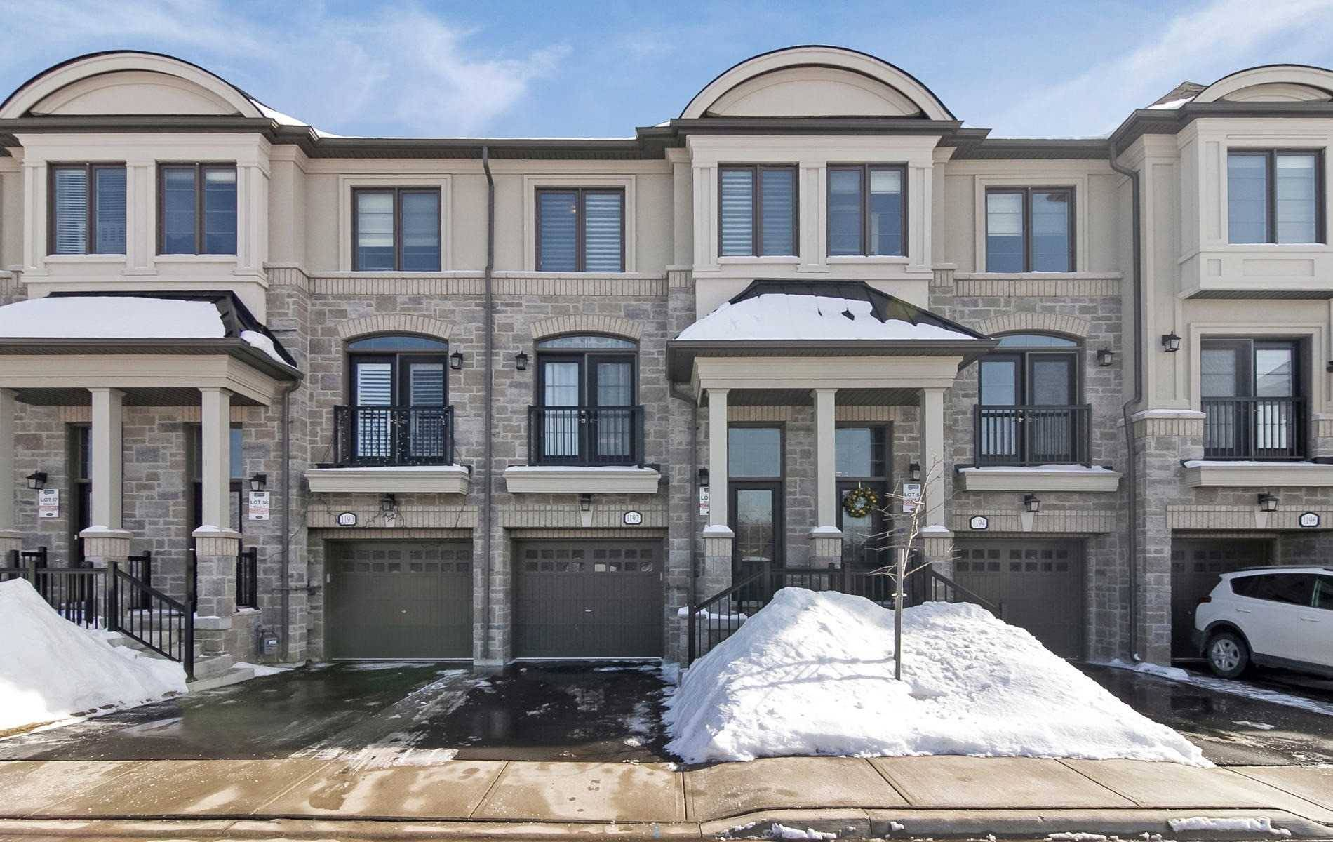 Townhouse for sale at 1192 Beachcomber Rd Mississauga Ontario - MLS: W4383469