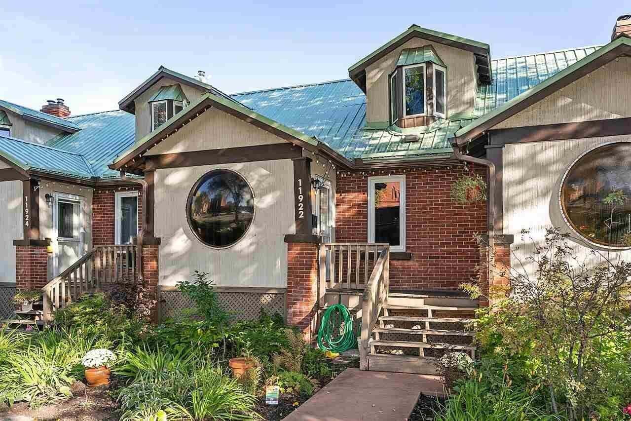Townhouse for sale at 11922 102 Av NW Edmonton Alberta - MLS: E4214061
