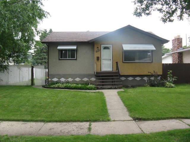 11923 46 Street Nw, Edmonton | Image 1