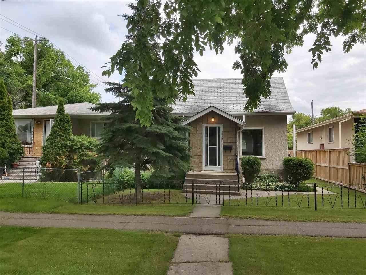 11933 93 Street Nw, Edmonton | Image 2