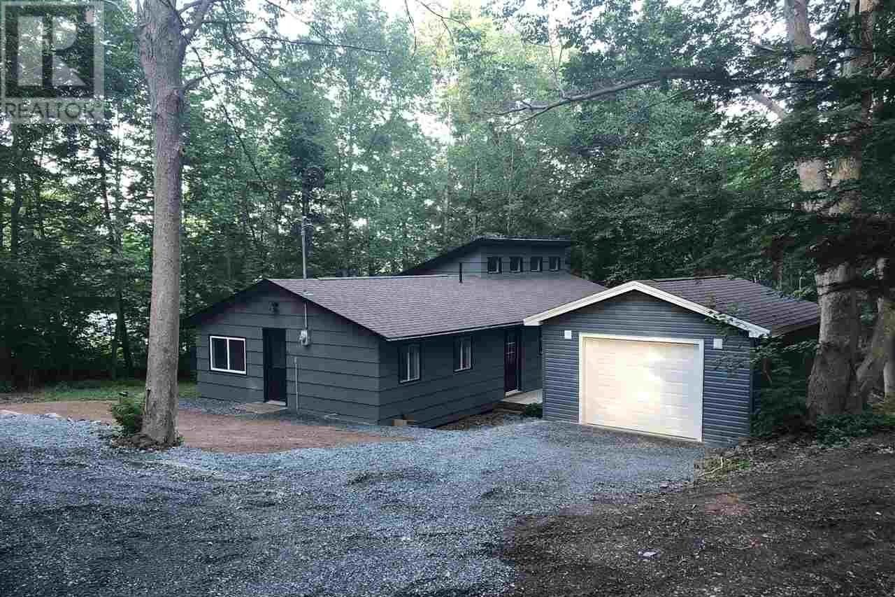 House for sale at 1195 Fall River Rd Fall River Nova Scotia - MLS: 202014328