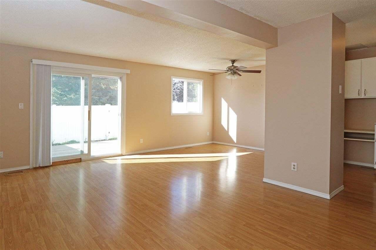 Townhouse for sale at 11950 145 Av NW Edmonton Alberta - MLS: E4216087