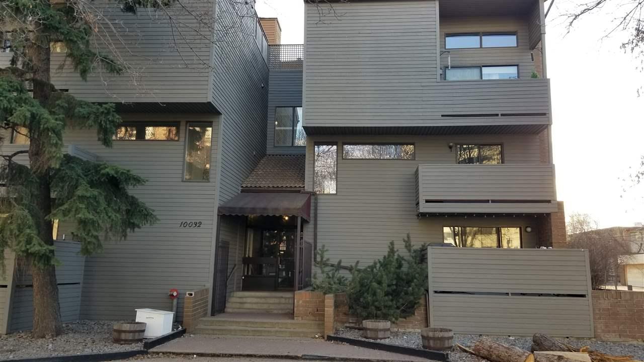 Buliding: 10032 113 Street, Edmonton, AB