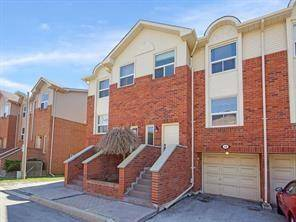 Townhouse for rent at 1550 Reeves Gt Unit 12 Oakville Ontario - MLS: H4058054