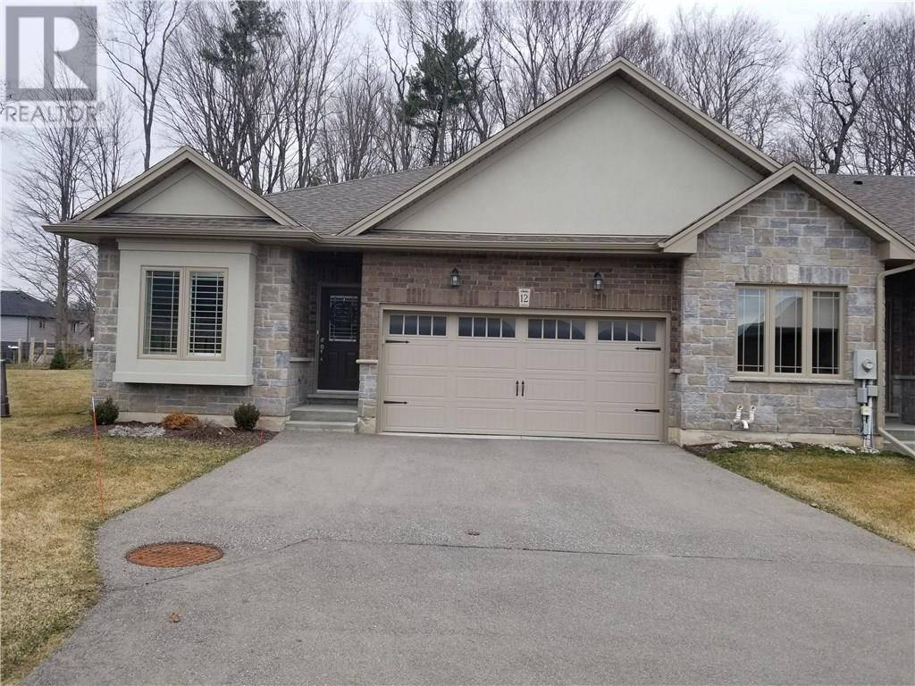 Townhouse for sale at 194 Donly Drive Dr South Unit 12 Simcoe Ontario - MLS: 30800226