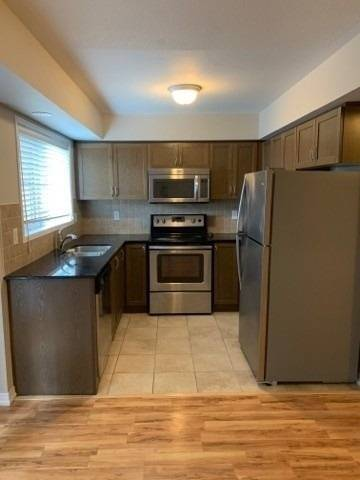Apartment for rent at 2484 Post Rd Unit 12 Oakville Ontario - MLS: W4625974