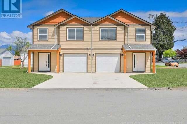 Townhouse for sale at 2702 Anderson Ave Unit 1&2 Port Alberni British Columbia - MLS: 466942