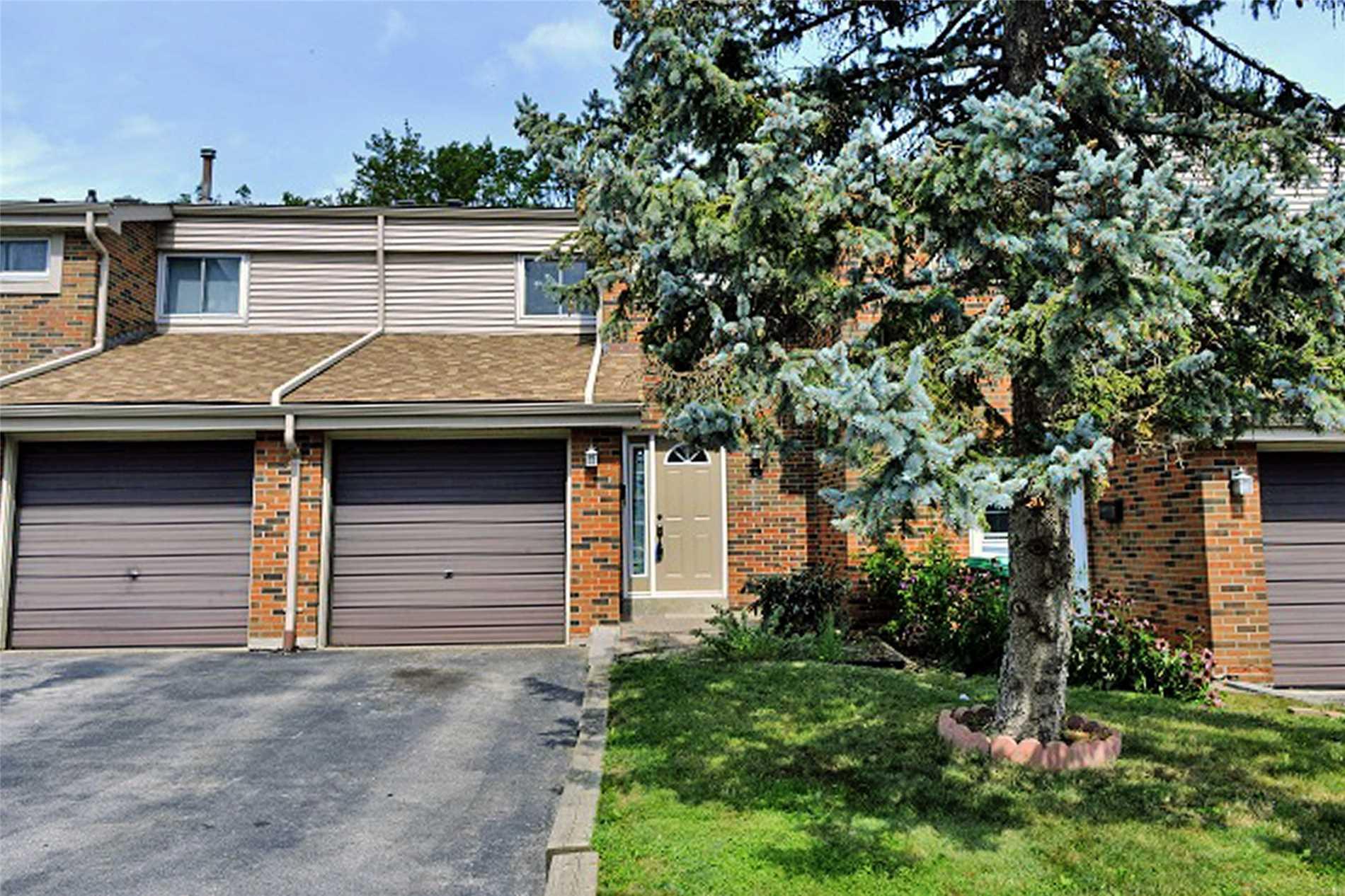 Buliding: 2755 Windwood Drive, Mississauga, ON