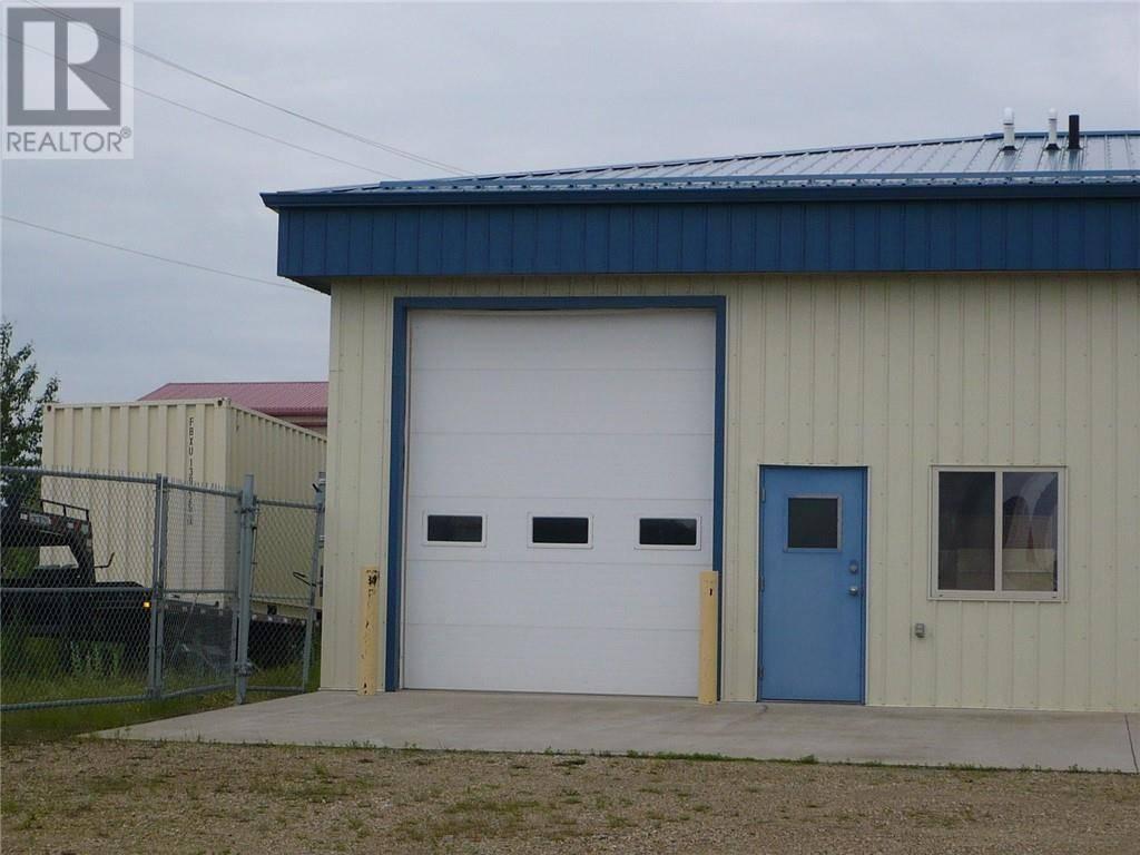 Home for sale at 3614 67 St Unit 12 Ponoka Alberta - MLS: ca0186034