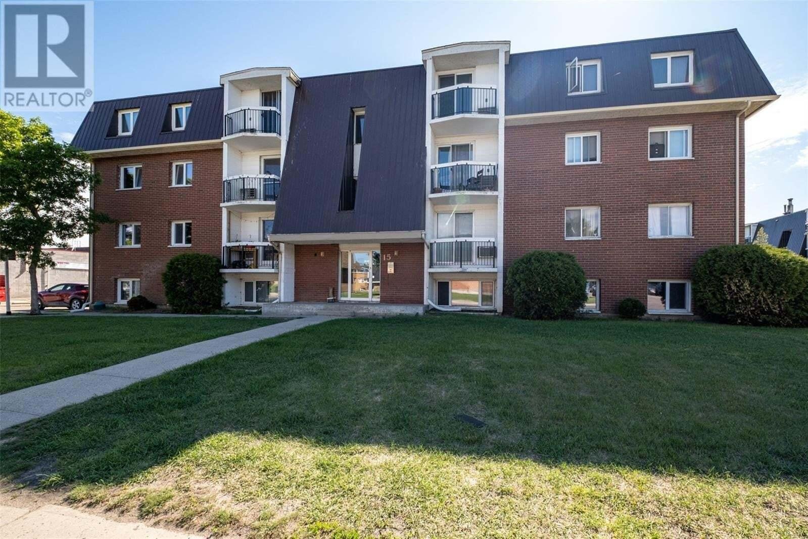 Condo for sale at 43 Centennial St Unit 12 Regina Saskatchewan - MLS: SK817887