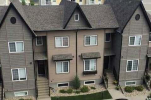 Townhouse for sale at 4801 Trinity Ln Unit 12 Regina Saskatchewan - MLS: SK808568