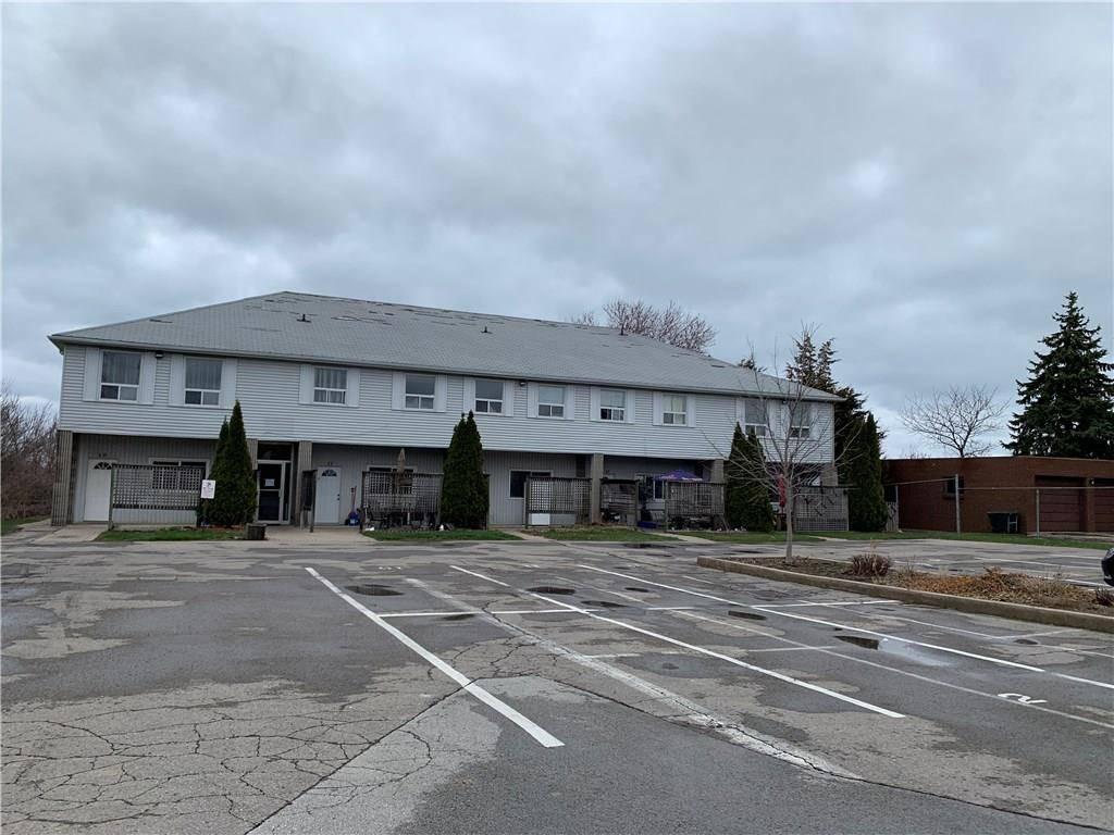 Buliding: 524 Main Street West, Grimsby, ON