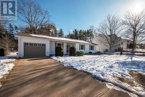 House for sale at 12 Acadia Dr Kentville Nova Scotia - MLS: 201904715