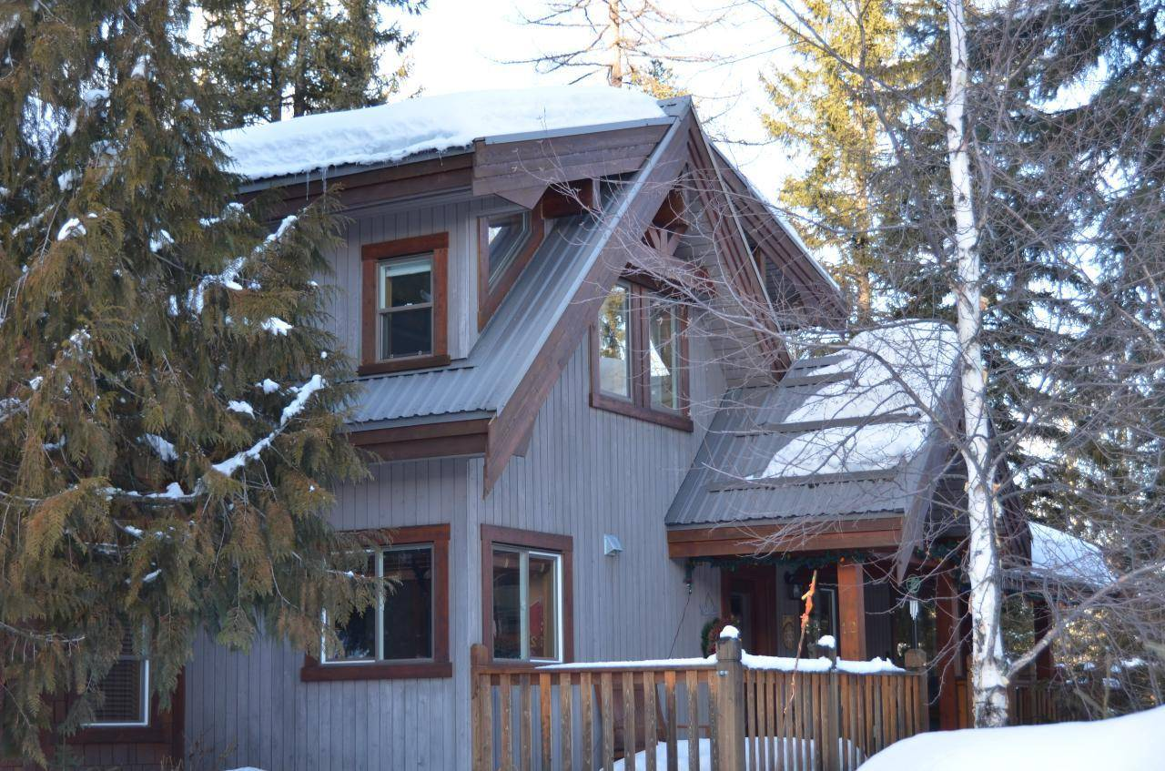 House for sale at 12 Alpine Trail Crescent  Fernie British Columbia - MLS: 2450397