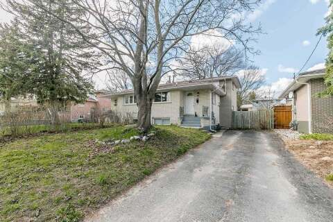Townhouse for sale at 12 Charlbrook Ave Barrie Ontario - MLS: S4772530